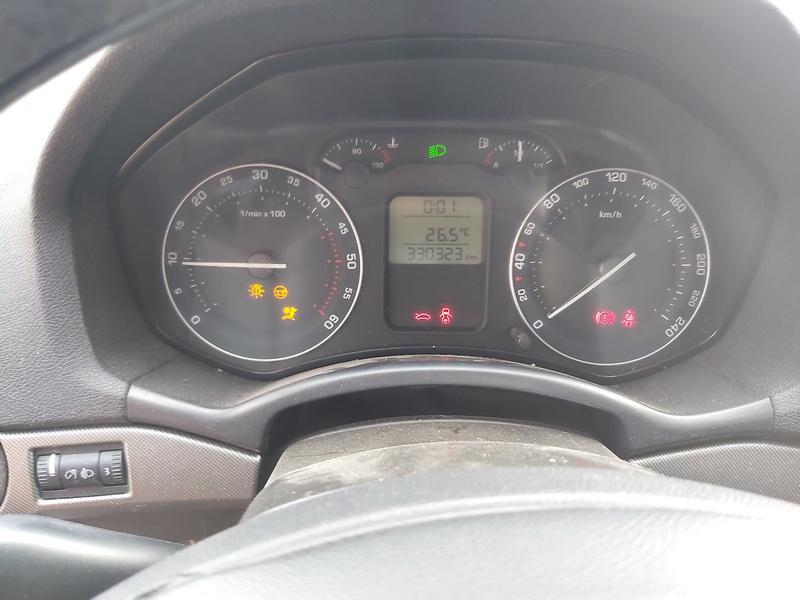 Naudotos automobilio dalys Skoda OCTAVIA 2008 1.9 Mechaninė Hečbekas 4/5 d. Pilka 2020-8-14