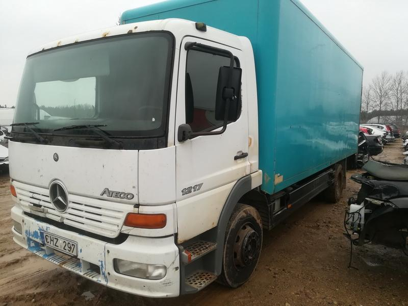 Used Car Parts Truck - Mercedes-Benz ATEGO 2000 4.3 Mechanical Vilkikas 2/3 d. white 2019-12-10