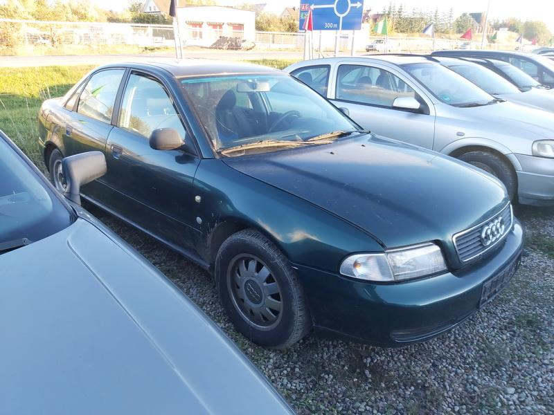 Подержанные Автозапчасти Audi A4 1995 1.9 машиностроение седан 4/5 d. зеленый 2020-10-16