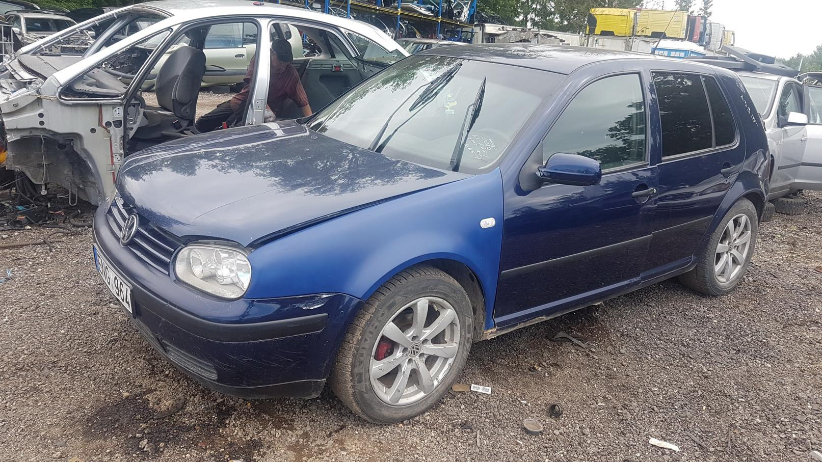 Volkswagen GOLF 1998 1.9 машиностроение