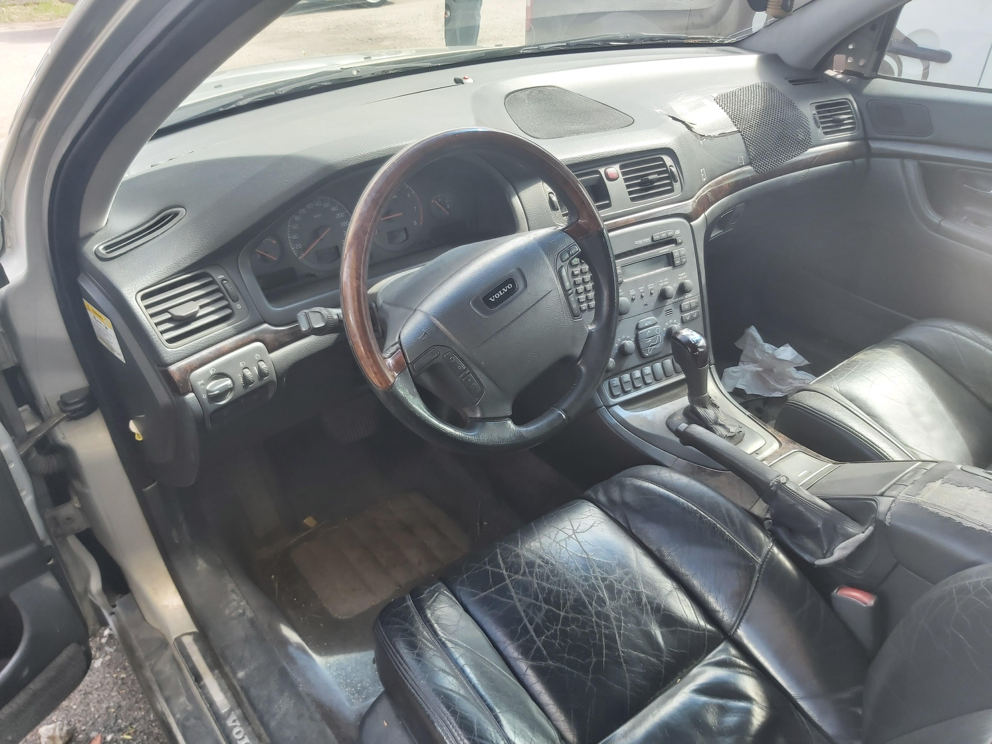 Naudotos automobilio dalys Volvo S80 1999 2.8 Automatinė Sedanas 4/5 d. Sviesiai pilka 2020-5-06