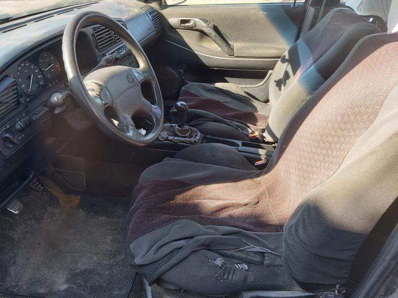 Naudotos automobiliu dallys Foto 5 Volkswagen PASSAT 1994 1.9 Mechaninė Universalas 4/5 d. Violetine 2020-3-24 A5156