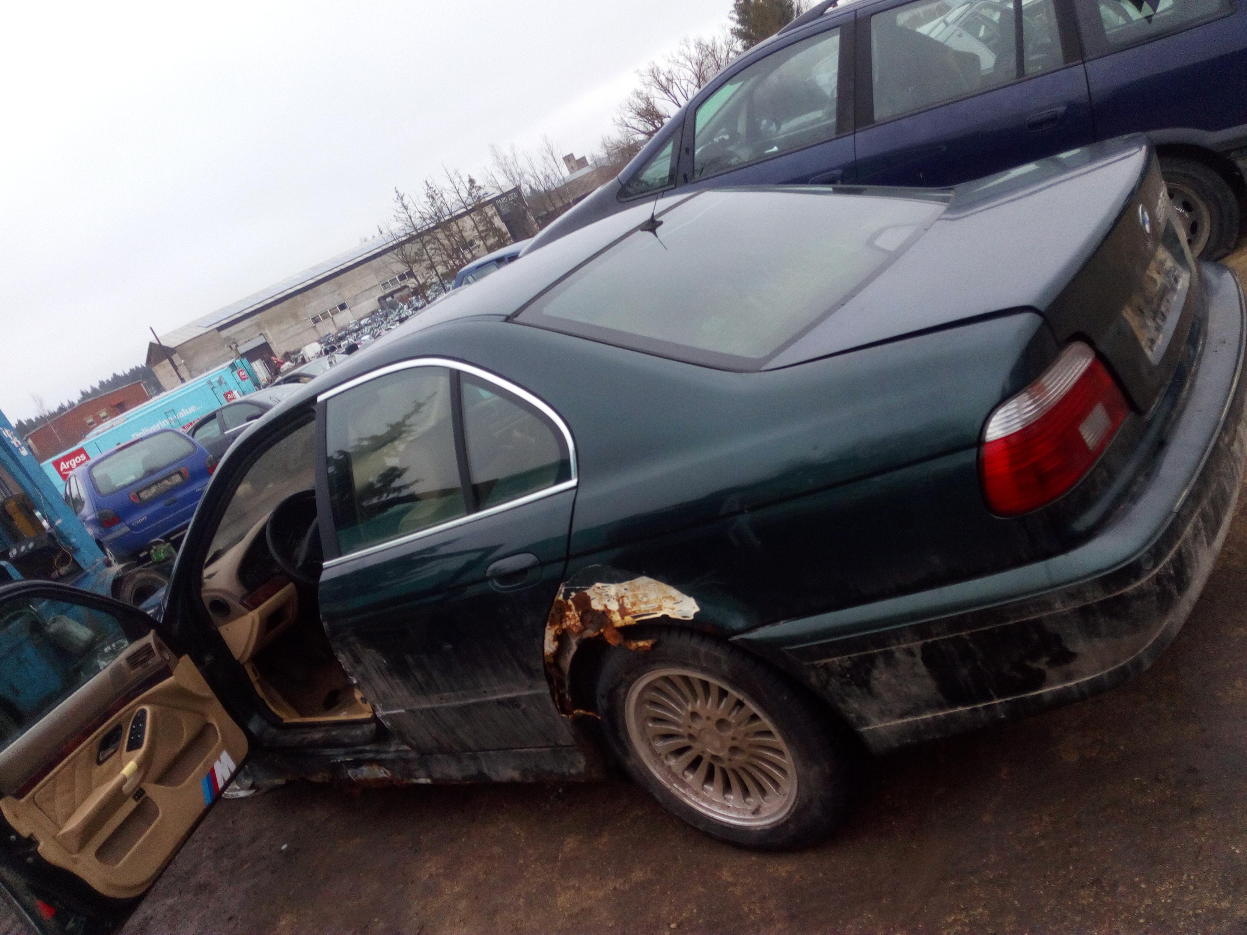 Naudotos automobiliu dallys Foto 7 BMW 5-SERIES 1997 2.5 Mechaninė Sedanas 4/5 d. Zalia 2018-1-03 A3578
