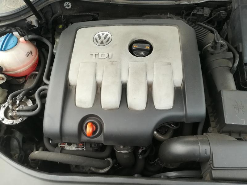 Naudotos automobiliu dallys Foto 2 Volkswagen PASSAT 2007 2.0 Mechaninė Sedanas 4/5 d. Juoda 2019-10-28 A4866