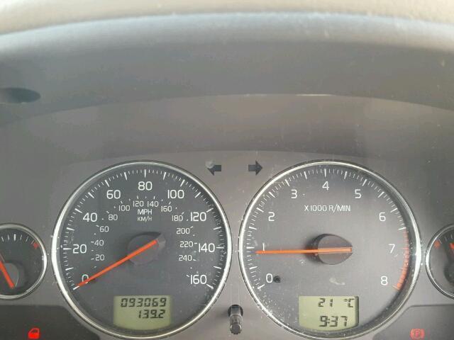Naudotos automobiliu dallys Foto 4 Volvo V40 2004 1.8 Mechaninė Universalas 4/5 d. Melyna 2018-8-05 A4015