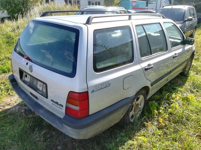 Naudotos automobiliu dallys Foto 8 Volkswagen GOLF 1996 1.9 Mechaninė Universalas 4/5 d. Pilka 2019-9-23 A4780