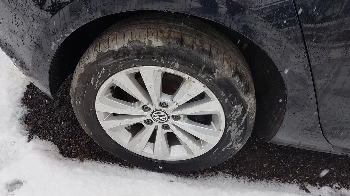Naudotos automobiliu dallys Foto 4 Volkswagen GOLF 2014 1.4 Automatinė Hečbekas 4/5 d. Juoda 2017-3-07 A3215