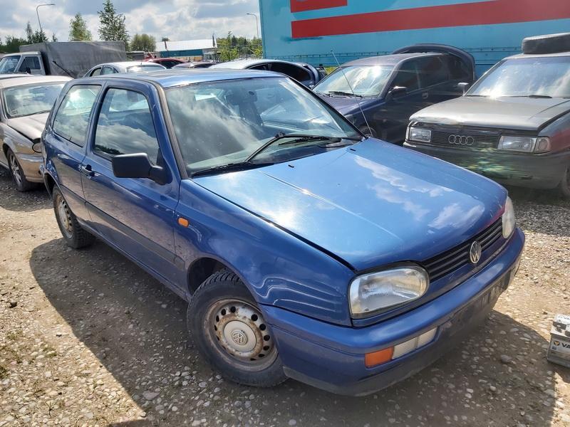 Volkswagen GOLF 1996 1.4 машиностроение
