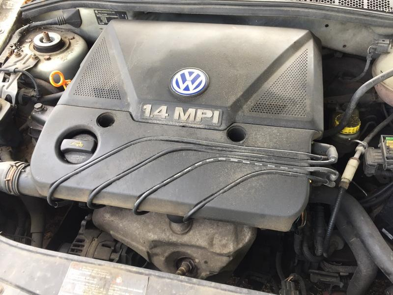 Подержанные Автозапчасти Foto 2 Volkswagen POLO 2000 1.4 машиностроение хэтчбэк 2/3 d. Серый 2018-7-26 A3978